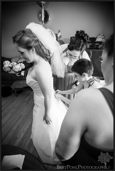 Ashley getting ready for her wedding upstate ny wedding photography