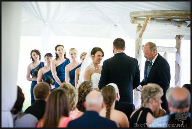 Ariel & Jeff's summer outdoor wedding at the Ridgeview Inn Wedding Photography