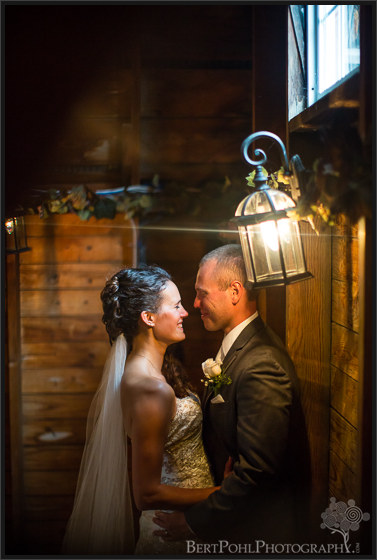 Jen & Randy's late summer vineyard wedding at Thousand Island Winery Wedding Photographers