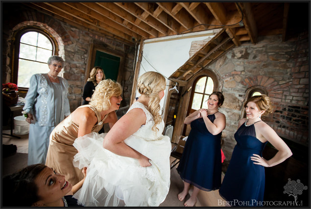 Heather & Joshua's vintage styled wedding pictures at Boldt Castle Thousand Island Wedding Photographers