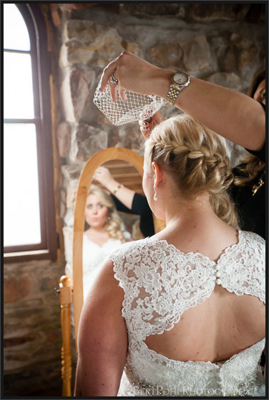 Heather & Joshua's vintage styled wedding pictures at Boldt Castle Wedding Photographers