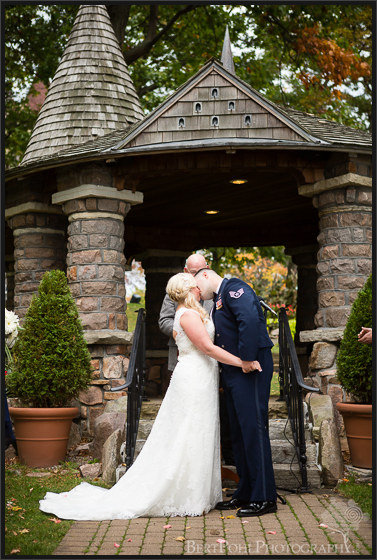 Heather & Joshua's vintage styled wedding pictures at Boldt Castle Watertown Wedding Photographers