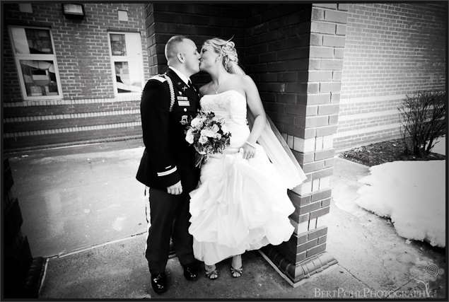 Jessica & Bill couple kissing wedding photos